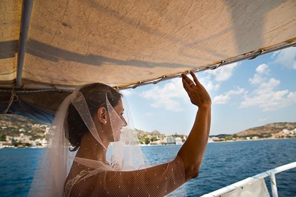 γαμος-κορωνησι-νησι-βαρκα