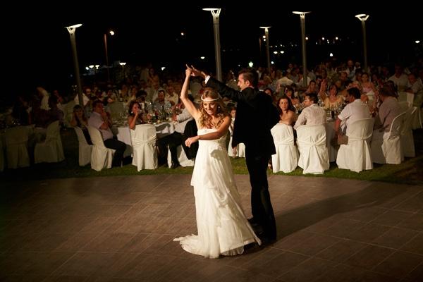 γαμος πρωτος χορος