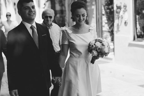 κοντο λευκο φορεμα πολιτικος γαμος
