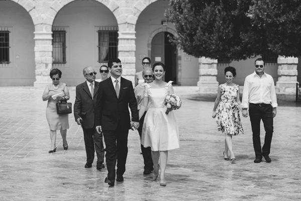 νυφικα πολιτικος γαμος καλοκαιρι