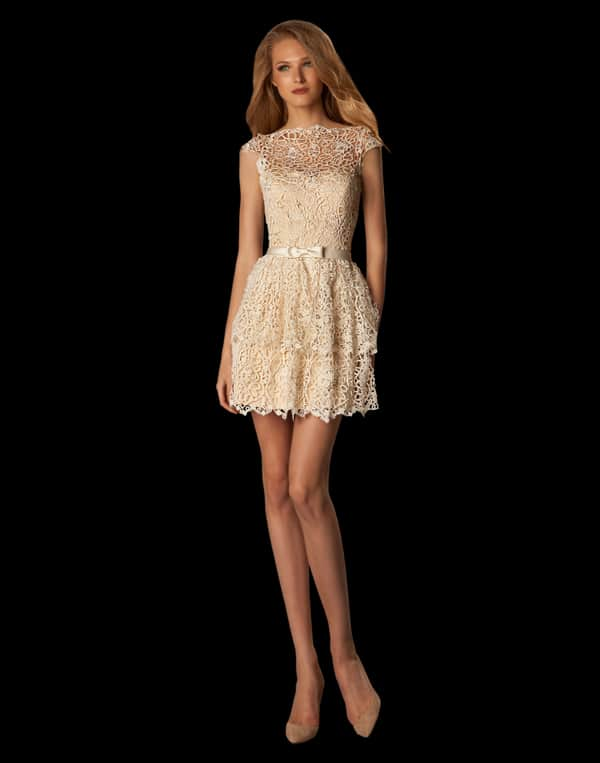 κοντο-νυφικο-φορεμα
