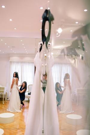 victoria-kyriakides-νυφικα-φορεματα