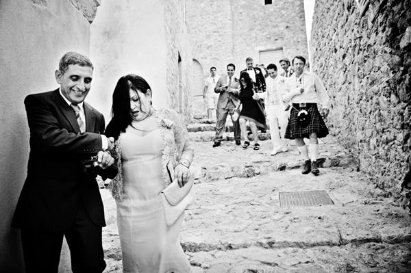 διαδρομη-προς-την-εκκλησια-γαμος