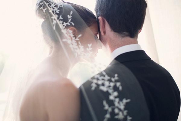 πεπλο-νυφης-vera-wang