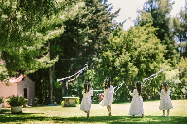 παρανυφακι-φορεμα-για-γαμο