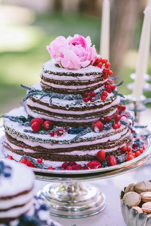 τουρτες-για-γαμο-naked-cakes
