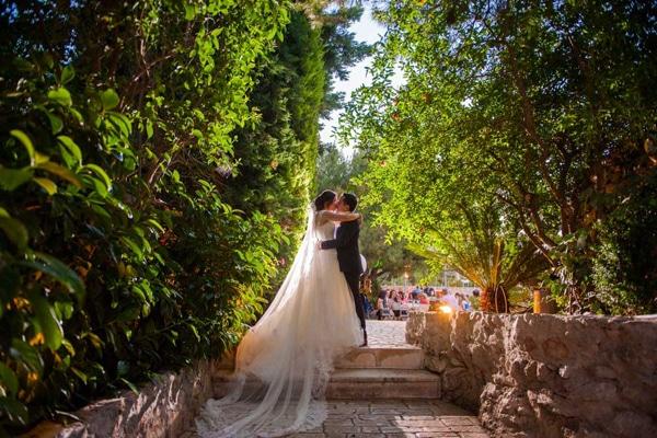 Ρομαντικός γάμος στο κτήμα Αριάδνη | Ρία & Νίκος