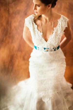 ρομαντικα-νυφικα-φορεματα-δελατολα