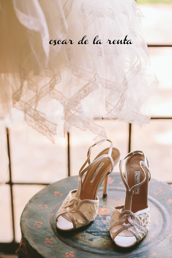 romantic-wedding-shoes-oscar-delarenta