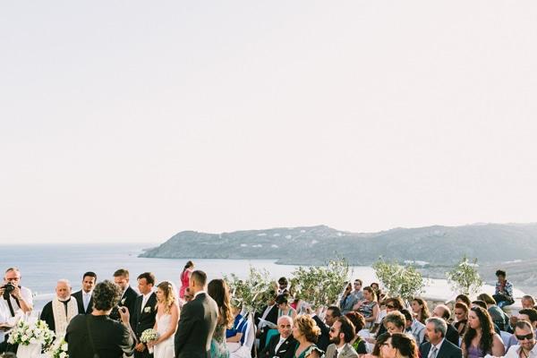 Ελιά-Μυκόνου-γαμος