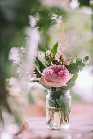λουλουδια-για-διακοσμηση-γαμου-1