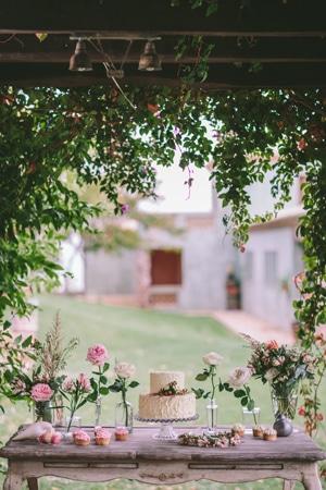desert-tables-weddings