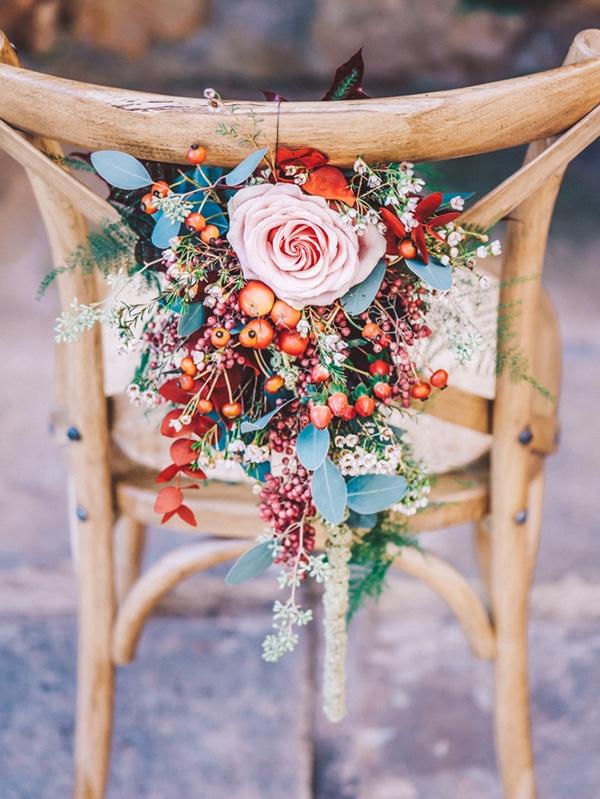 blush-burgunday-wedding-decorations
