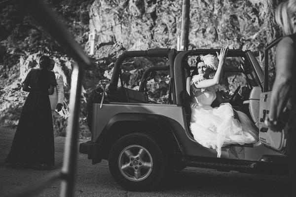 αυτοκινητο-αφιξη-νυφης
