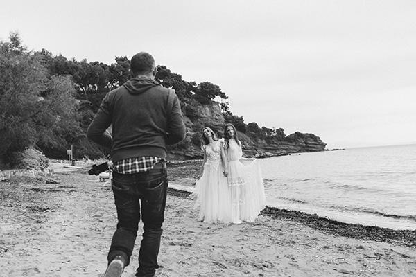 Dreamy-red-winter-bridal-shoot-beach-17