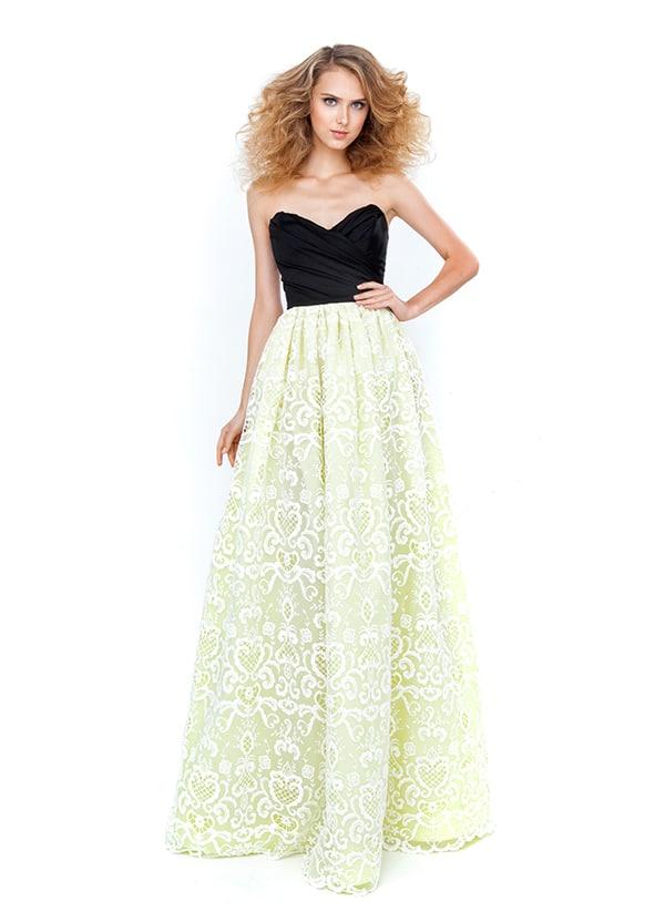 βραδυνα-φορεματα-για-γαμο-costarellos