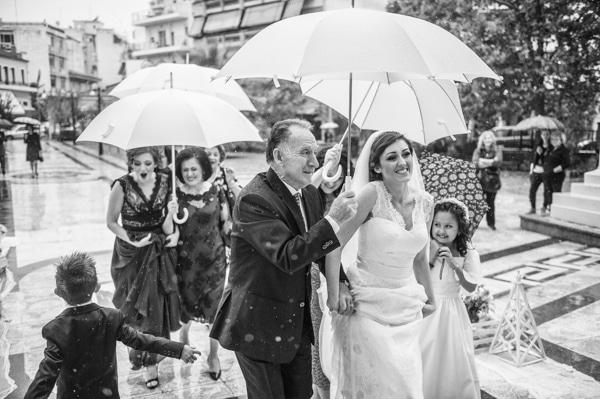 γαμος-με-βροχη-4