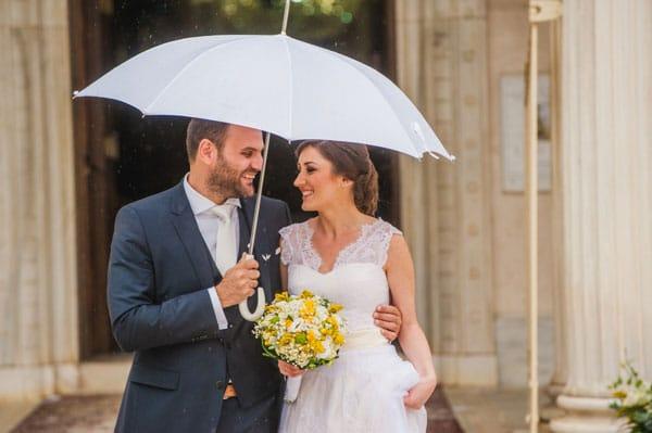 Ρομαντικός γάμος το φθινόπωρο με βροχή | Αγγελική & Δημήτρης
