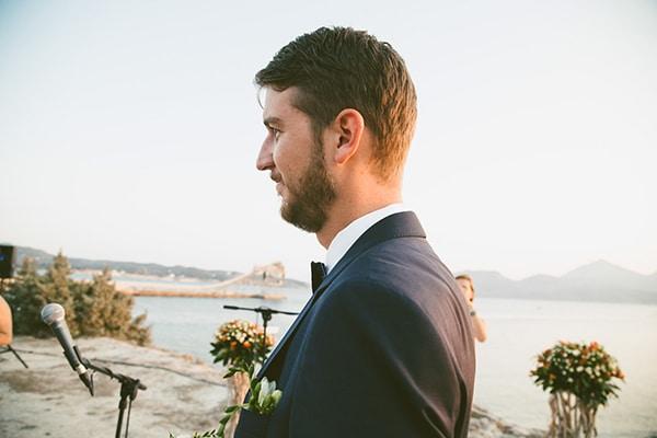 γαμος-σε-νησι-κοστουμι
