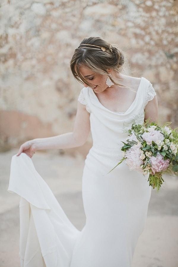 γαμος-στην-κρητη-νυφικο-φορεμα-suzanne-neville