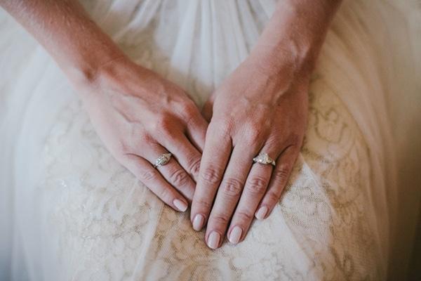 γαμος-στην-λερο-φωτογραφηση-χειροποιητο-δαχτυλιδι