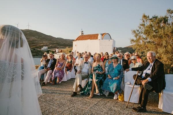 γαμος-στο-εκκλησακι-αγιου-ισιδωρου-λερος