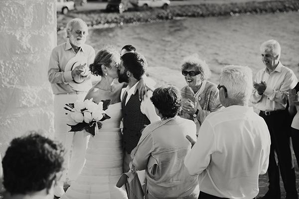 γαμος-σε-νησι (6)