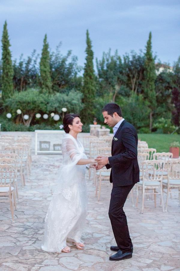 πολιτικος-γαμος-φορεμα-νυφης (1)