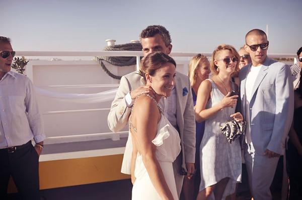 γαμος-σε-ferry-boat