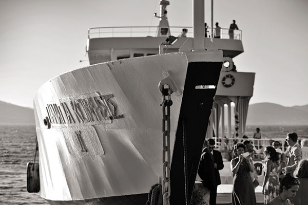 ferry-boat-destination-wedding-greece