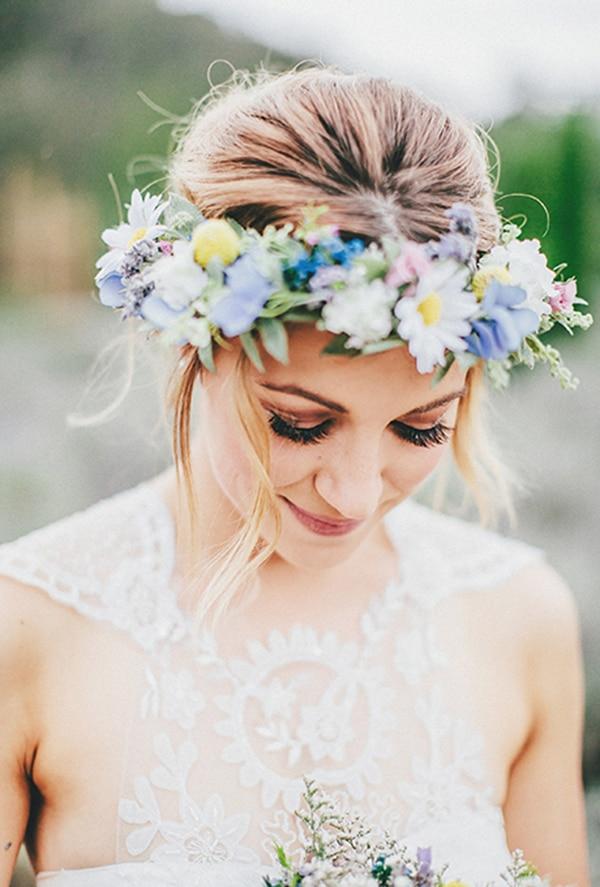φυσικο-στεφανι-νυφης-με-λουλουδια (5)