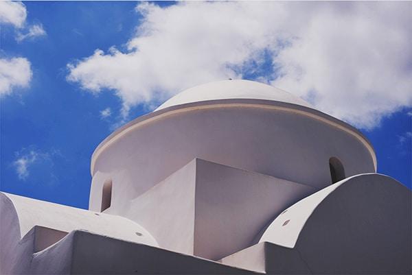 εκκλησια-για-γαμο-νησι-φολεγανδρος