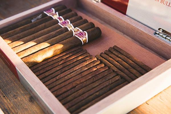 ιδεες-για-cigar-bar