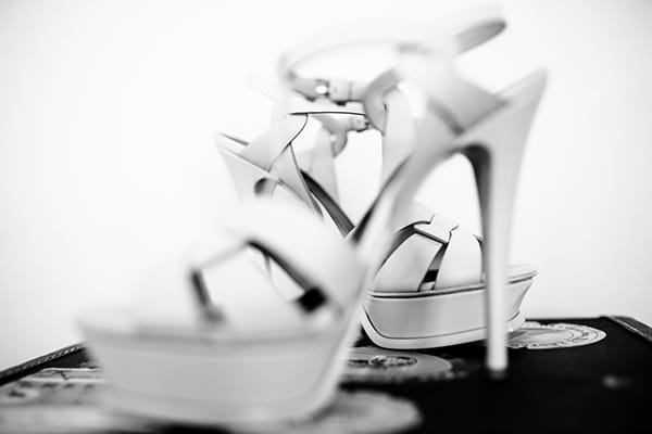νυφικα-παπουτσια-Yves Saint Laurent