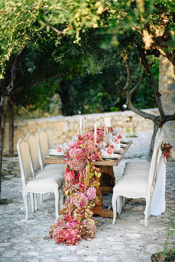 γιρλαντα-με-λουλουδια-γαμος