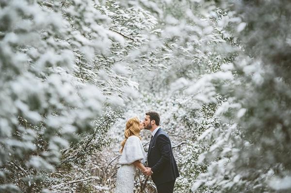 χειμωνιατικη-φωτογραφηση-στο-χιονι