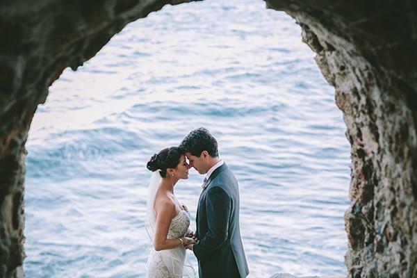 Καλοκαιρινός ρομαντικός γάμος στην Μονεμβασιά | Έμιλυ & Έρικ