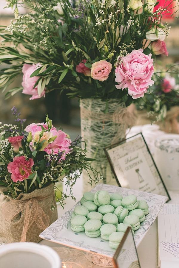 ροζ-λουλουδια-γαμος