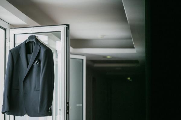 μαυρο-κοστουμι-γαμπρου (2)