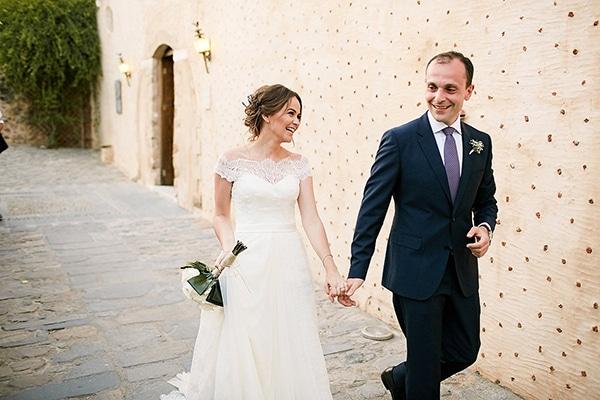 Μποέμ γάμος με λεβάντα στη Μονεμβασιά | Γιώτα & Λεβόν