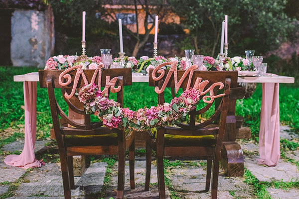 Pink and copper boho styled shoot