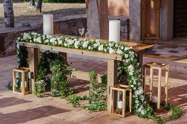 ρουστίκ-μοναστηριακό-τραπέζι