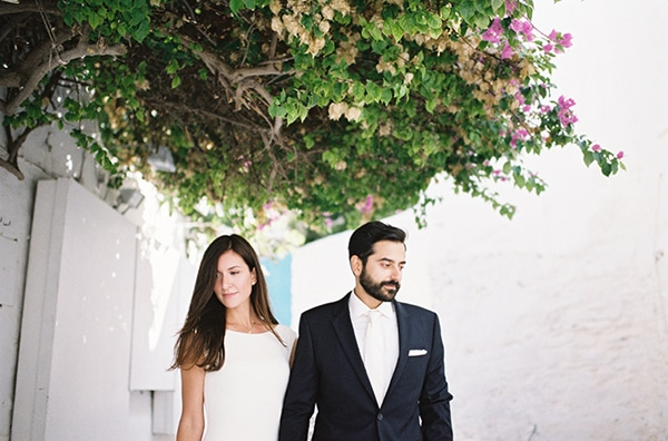Breathtaking blue and white wedding inspiration in Mykonos