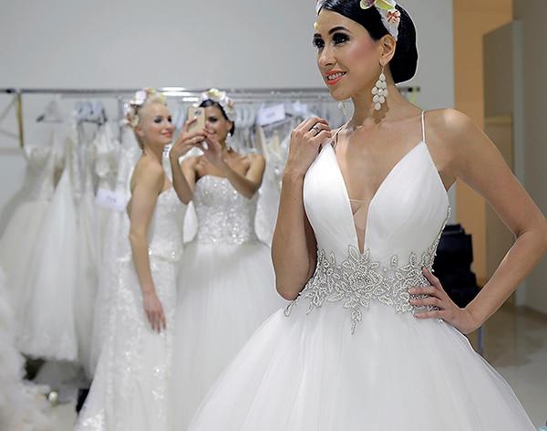 wedding-dresses-demetrios (2)