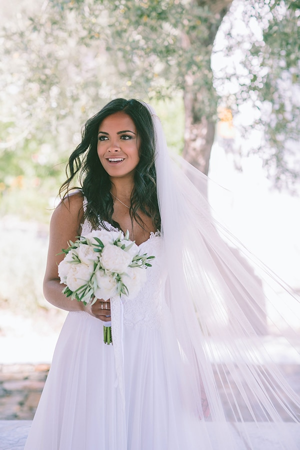 γαμος-νησι-νυφικο