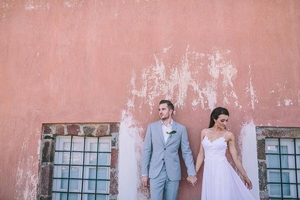 Πανέμορφος boho chic γάμος στη Σαντορίνη | Julia & Allan