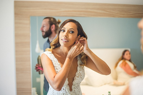 cyprus-destination-wedding-bride