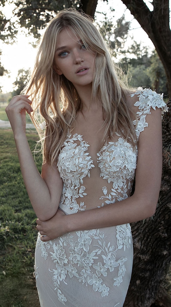 bridal-hairstyle-trends-2017-tousled-waves