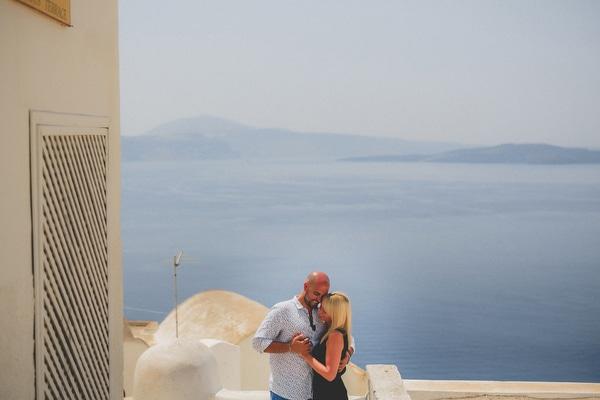 prewedding-photos-santorini-11