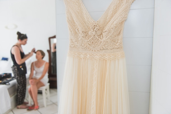 romantic-wedding-in-milos-11